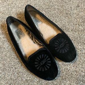 UGG Alloway Logo Velvet Flats Loafers Black